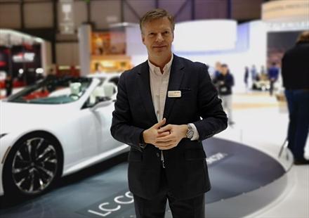 Lexus: - Nettsalget skal ikke være noen konkurrent til forhandlerne