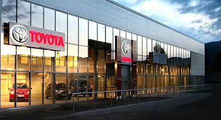 600.000 til Toyota Bilia