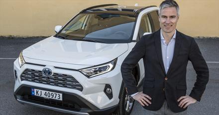 Alt om OFV-tallene: Toyota-fest - og rett ned for ladbare hybrider