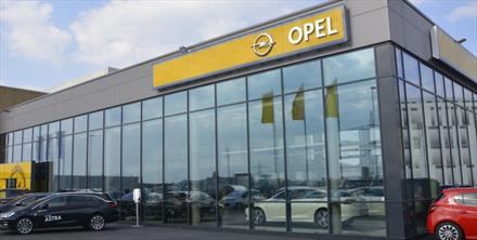 Oppsagte Opel-forhandlere venter fortsatt på nye krav