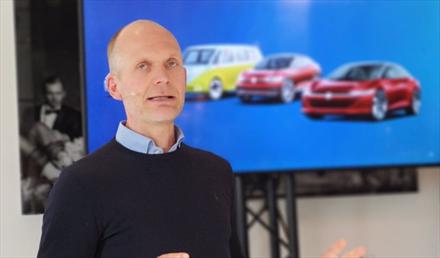 Møller vil frede elbil-fordelene - blir nullutslippsimportør før 2025